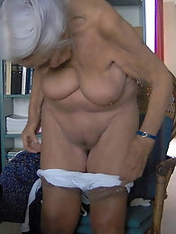 Stunning mature ladies are spreading their pussy lips