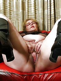 Curvy old girls on xxx gallery