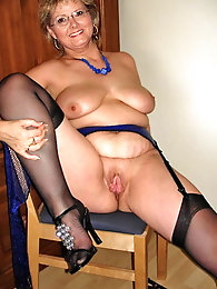 Fantastic aged MILF in provocative dress