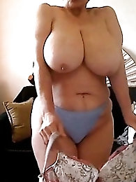 63 yr aged granny on Skype giving me a show